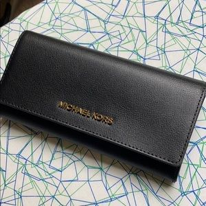 New Michael Kors Black Leather Wallet